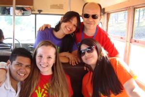 Eine Busfahrt, die ist lustig... (v.l.n.r. Militza, Alonso, Jorge, ich, Victoria)